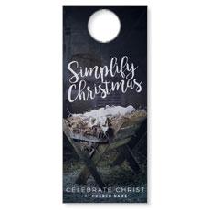 Simplify Christmas Manger Door Hanger